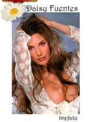 Daisy Fuentes loves to show her amazing nude body
