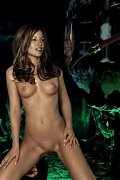 Take a look at nude Kate Beckinsale - one of the hottest moviestars of our time!