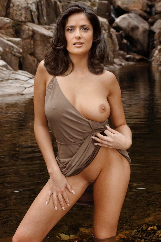sexy-salma-hayek-pictures-shemale-beauty-showtures