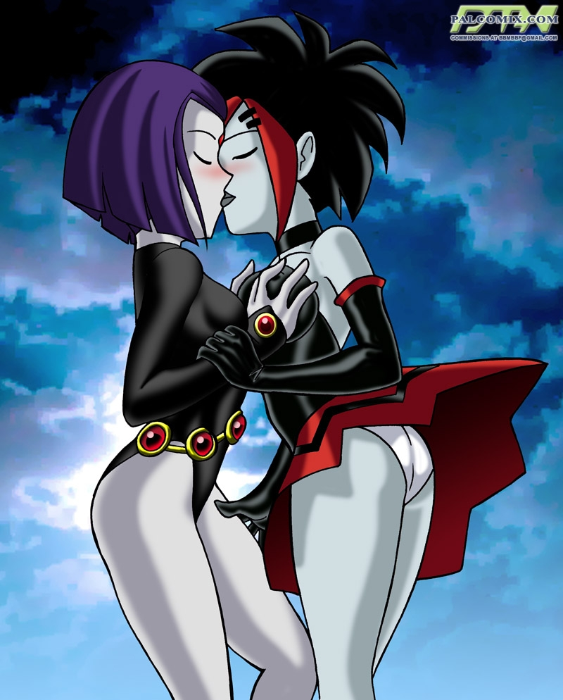Raven and Argent like sensuous smooch