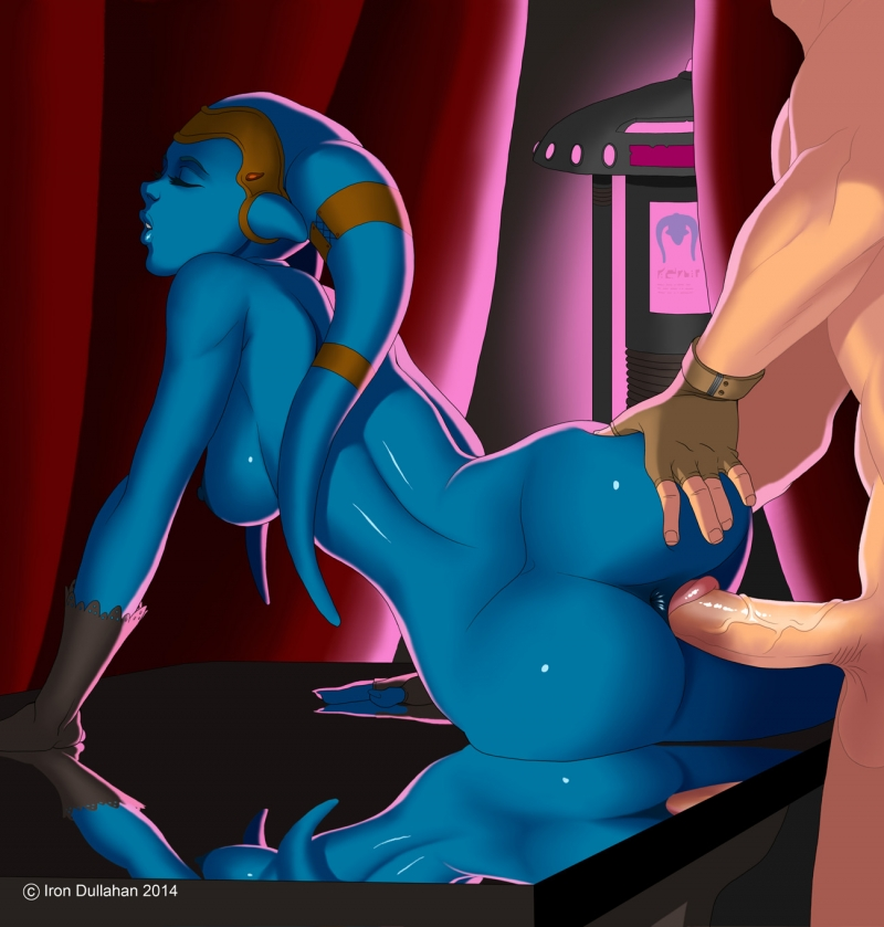 Bare jedi Aayla Secura gets pulverized from behind!
