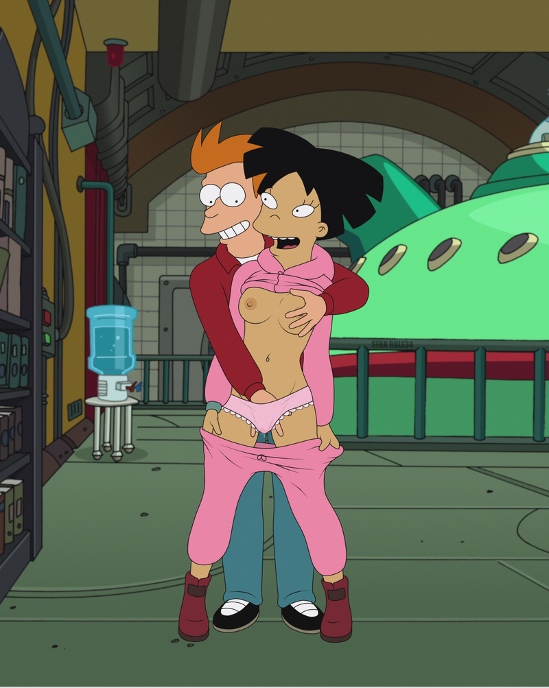 Fry ultimately got his opportunity to get into Amy's trousers!