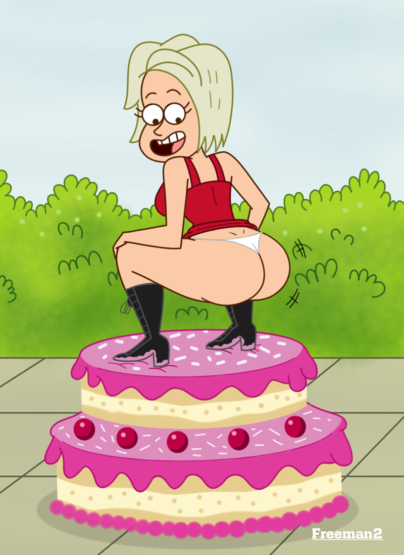 1561358 - Birthday_Song_Contestant Freeman2 Regular_Show Sketch_Toons fr2.png