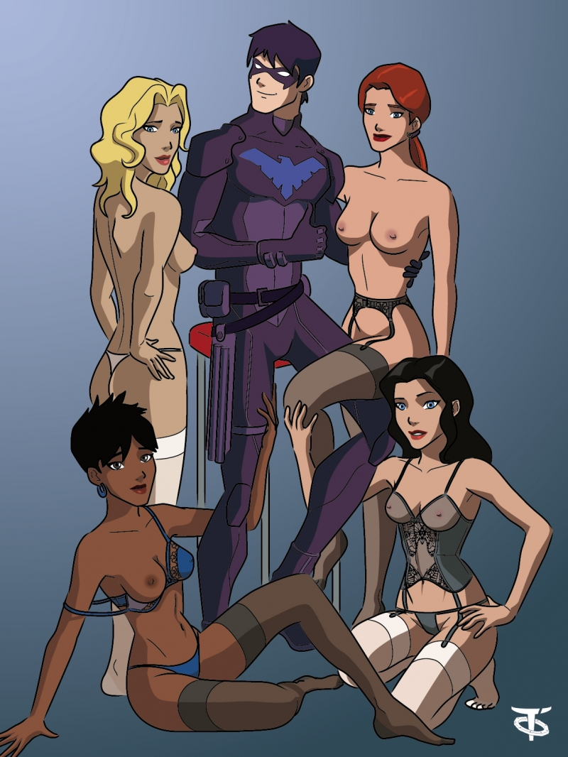Nightwing and his sexy (and barely dressed) girlfriends!