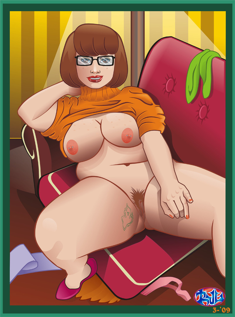 Curvy Velma Dinkley want some fun right now