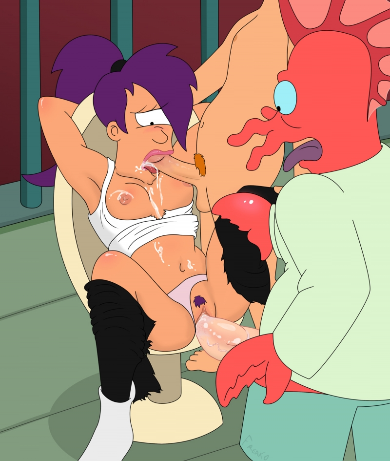 Leela gets rock-xxx nailing from both Zoidberg and Fry!