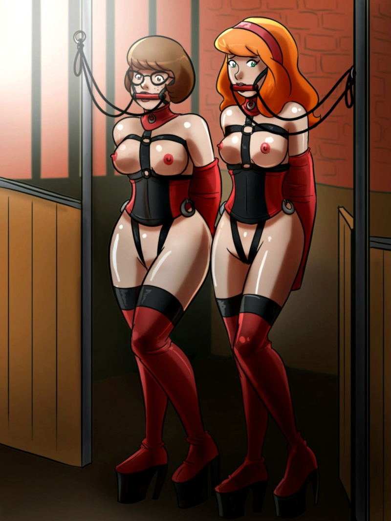 Check Velma Dinkley and Daphne Blake as gorgeous bi-otches prepared for intense rides!