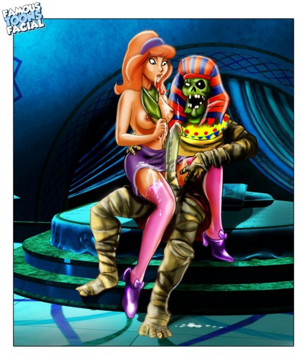 774438 - Daphne_Blake Scooby-Doo famous-toons-facial.jpg
