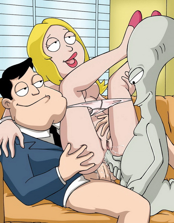 Stan Smith Roger Smith Rouge Francine Smith Hayley Smith American-Dad-Francine-porn-comics-03.jpg