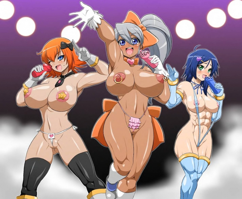 Julie Makimoto and her pals doesn't like to put on too much clothes when getting on the stage!