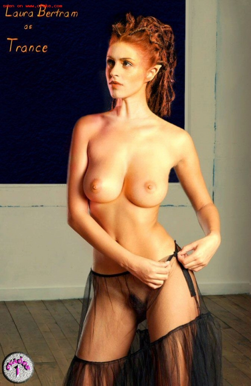Laura bertram naked mobile optimised photo for android iphone