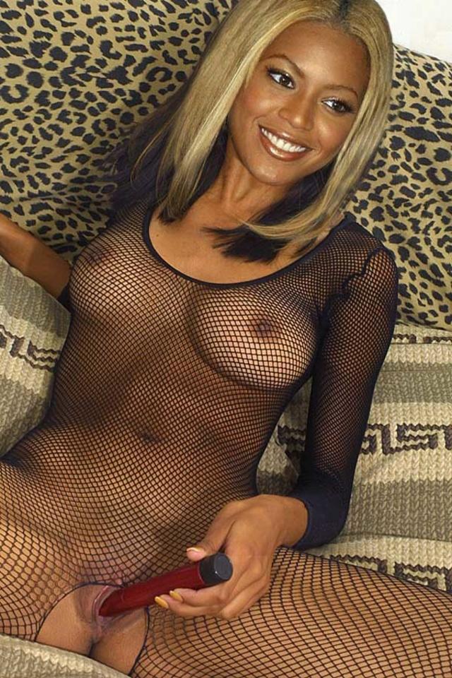 latina big tits fucks her pussy &