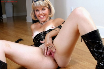 Nude girls porn video