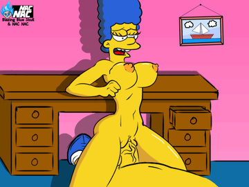Bysty Marge Simpson ride on massive chisel