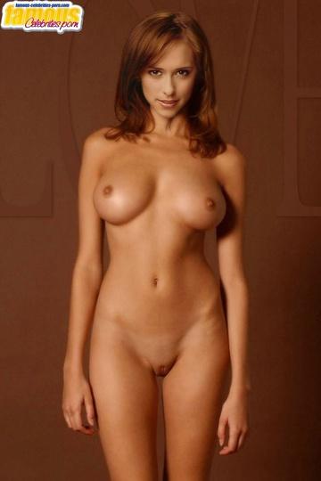 жадно стал смотреть фото или видео голых актрис невольно- слегка